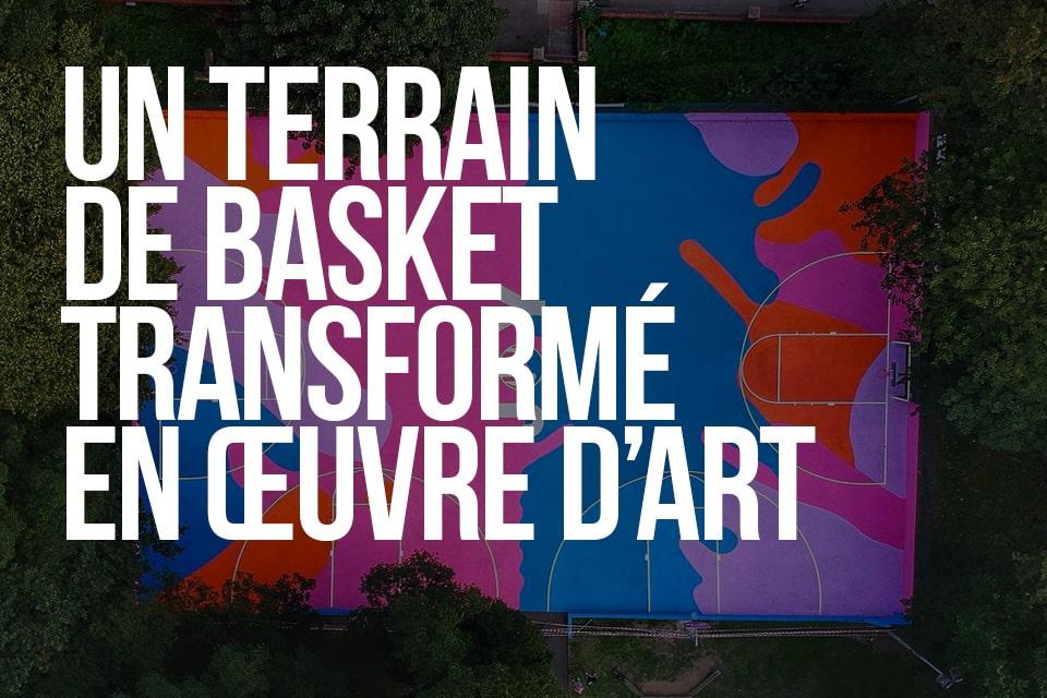 Un terrain de basket transformé en œuvre d'art