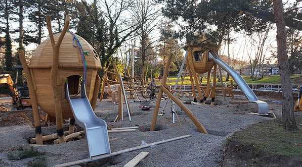 installation-complexe-aire-jeux